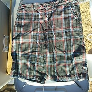 New Quiksilver size 33 shorts